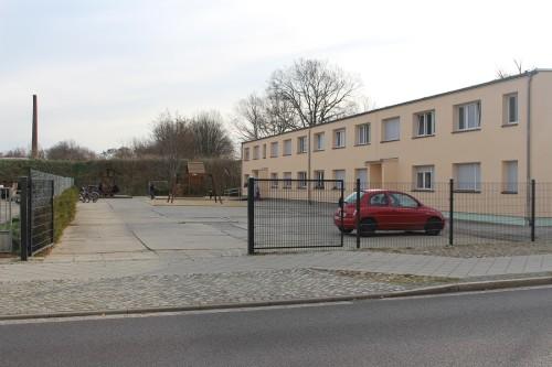 Übergangswohnheim klein